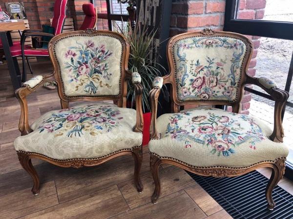 антикварные кресла